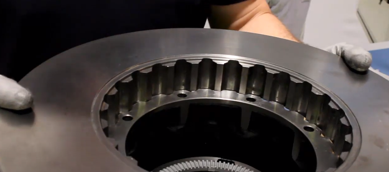 Tutorial video: mounting of brake discs for Volvo vehicles on a Fersa hub